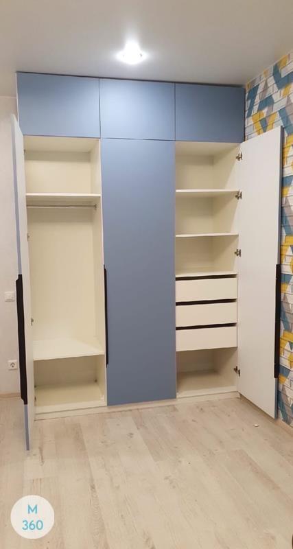 Трехстворчатый распашной шкаф Калеб Арт 002272760