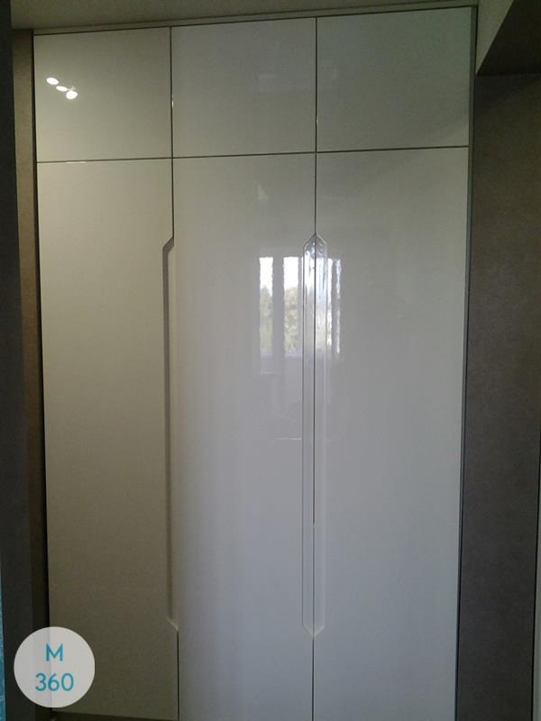 Трехстворчатый распашной шкаф Хамм Арт 006297211